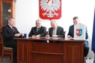 Porozumienie pomiędzy WEL WAT a ZSZ nr 2 w Mińsku Mazowieckim